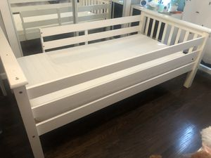 Twin bed with mattress for Sale in Los Angeles, CA