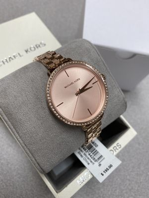 MICHAEL KORS WATCH FOR WOMEN for Sale in Buda, TX