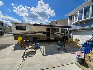 2000 Fleetwood flair 31s for Sale in Johnston, RI