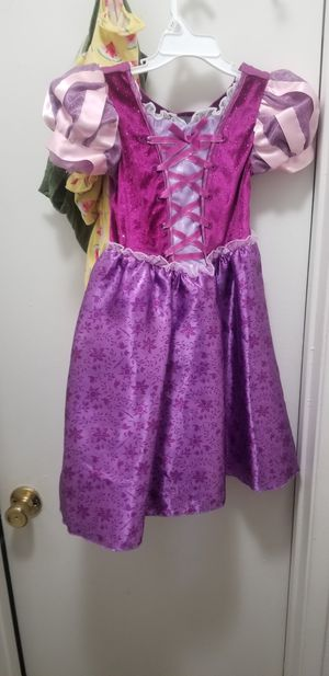 Disney Store Rapunzel costume size 4T for Sale in Upland, CA