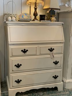 Refinished White Farmhouse Secretary Desk / Entry Way Storage for Sale in Bonney Lake,  WA