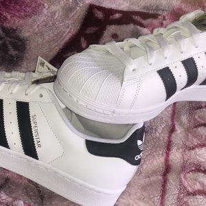 Size 9 Adidas Brand New Ok'd School But New School Lol for Sale in Salem, OR