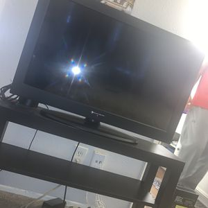 32 Inch TV for Sale in Lakeside, CA