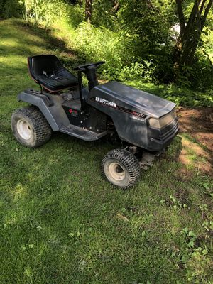FINAL PRICE DROP!!!! Two Craftsman LT4000 Lawn Tractors for Sale in Aliquippa, PA