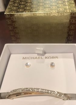 Michael Kors Diamond Earring And Bracelet Set for Sale in Rio Rancho,  NM