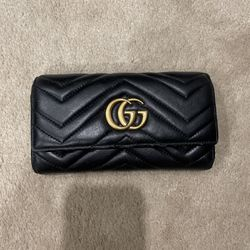 Gucci Marmont Wallet for Sale in Renton,  WA