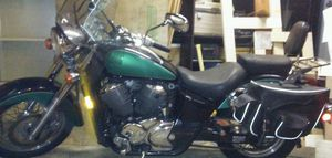 2002 Honda Shadow Ace Deluxe Model VT750CDA2 for Sale in Fremont, OH