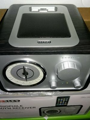 NEW CROSLEY CR3009A iSOLO AUDIOPHILE AM/FM RECEIVER Wi for Sale in Glendale, AZ