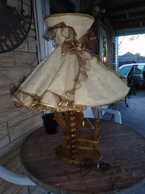 Spinning wheel lamp 27 in. Tall for Sale in Amarillo, TX