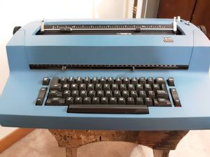 IBM SELECTRIC TYPEWRITER for Sale in Moline, IL