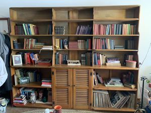 Antique bookshelf for Sale in Gahanna, OH