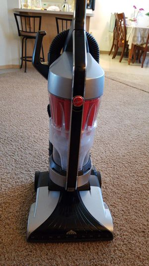 Hoover platinum collection vacuum for Sale in Vancouver, WA