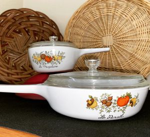 Vintage Corning ware for Sale in Fircrest, WA