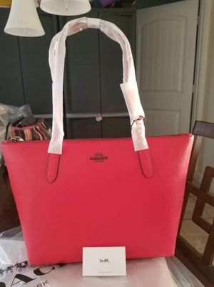 Authentic Coach purse (new with tags) for Sale in Lincoln Acres, CA
