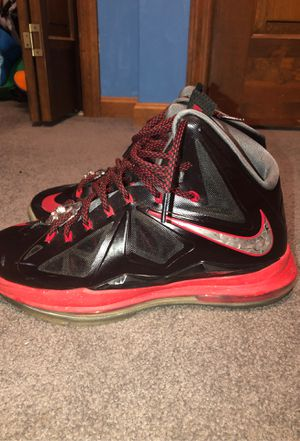Lebron 10 Size 10 for Sale in Sarver, PA