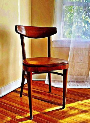 Wooden Shelby Williams Industries MCM chairs (4) with leather seat cushion. for Sale in Wellesley, MA