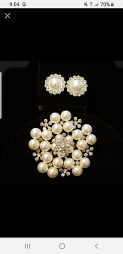 Faux Pearl's Of Brooch And Earrings for Sale in Houston,  TX