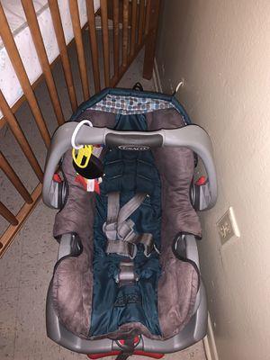 Baby Stuff , •Car seat • BasketNet for Sale in Marksville, LA