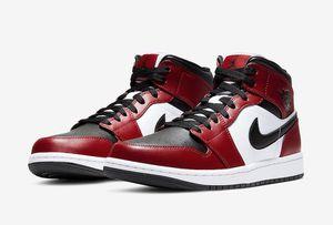 Jordan Retro 1 Mid Chicago Toe (size 5 & 7) for Sale in Cumberland, RI