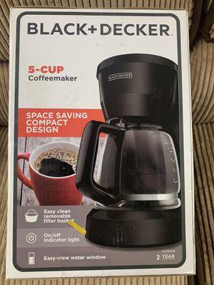 Black & Decker 5 cup coffee maker for Sale in Dearborn Heights, MI