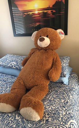 "Giant Teddy Bear 4""11 for Sale in La Verne, CA"