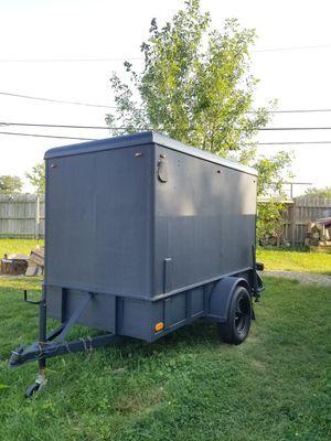 Enclosed Trailer. 4.5w x 9 L x 5.9 h for Sale in Chicago Ridge, IL