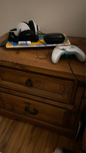 Night stand/End table for sale! Must pick -up for Sale in Alexandria, VA