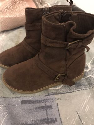 Girls boots size 10 New for Sale in Oxford, MA