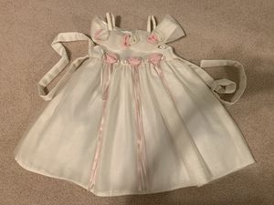 Flower girl / white girl dress - 2T for Sale in Las Vegas, NV