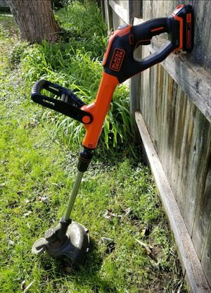 Black and decker trimmer for Sale in Wichita, KS