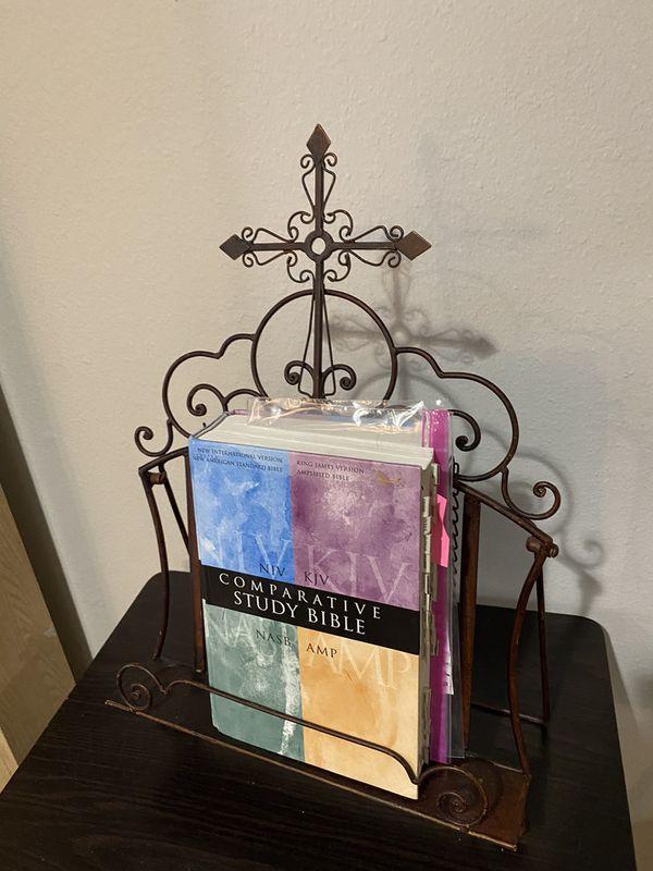 UNIQUE BOOK 📖 STAND