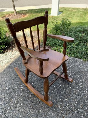 Kids Rocking Chair for Sale in Tulalip, WA