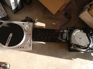 Gemini mixer and two turn tables$200 firm for Sale in Eagle Mountain, UT