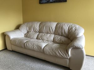 White leather couch (excellent condition) for Sale in San Francisco, CA