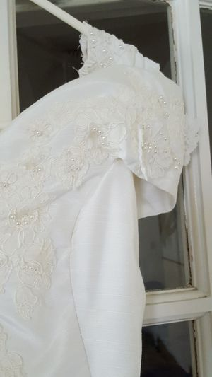 Wedding dress size 8 ( normal) for Sale in Fort Worth, TX