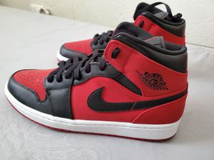 Jordan 1 mid size 12 brand new for Sale in Honolulu, HI