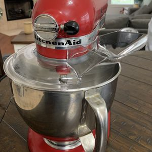 KitchenAid 5 Quart Artisan stand Mixer for Sale in Fort Worth, TX