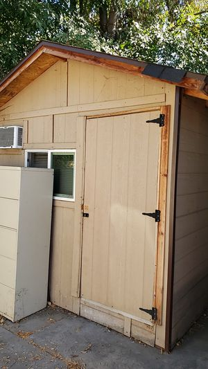 Storage shed w windows and air conditioning for sale, 9' x 14' for Sale in Temple City, CA