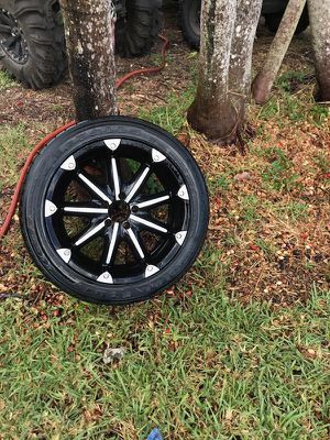 Five 18in rims and tires for Sale in Cooper City, FL