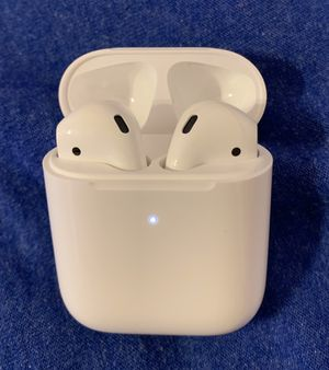 AirPods with Wireless Charging Case for Sale in Corona, CA