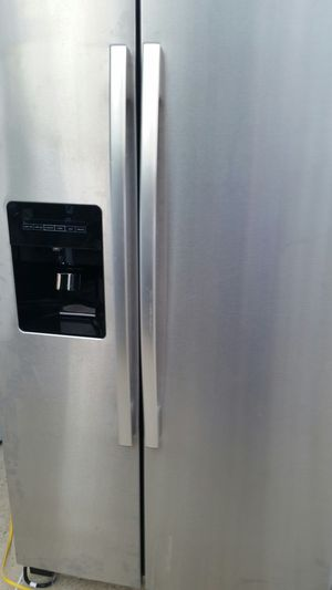 Stainless side x side refrigerator like new 4 months warranty for Sale in Springfield, VA