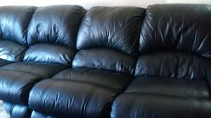 Blk leather sectional couch for Sale in Oroville, CA