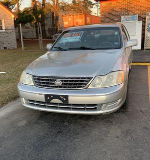 2003 Toyota Avalon Silver for Sale in North Charleston, SC