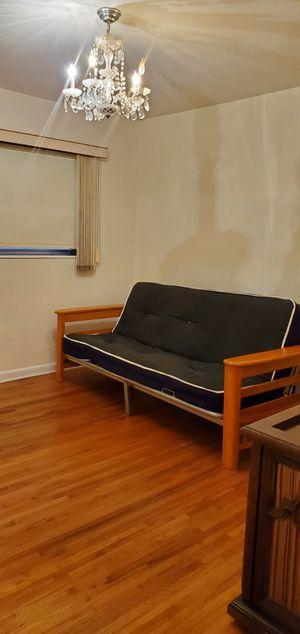 Futon day bed for Sale in Miami, FL