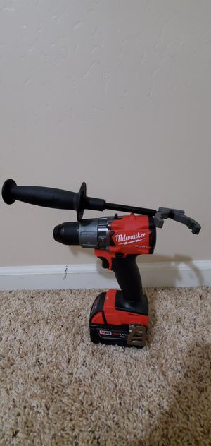 Milwaukee M18 FUEL 18-Volt Lithium-Ion Brushless Cordless 1/2 in. Hammer Drill / Driver 5ah battery for Sale in Bakersfield, CA