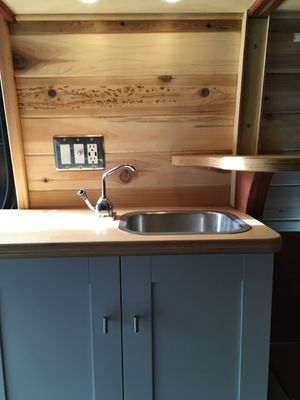 Professionally Converted Sprinter Van ideal for getting off-grid for Sale in Portland, OR