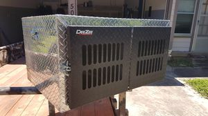 DeeZee Dual Dog Chest for Sale in Arlington, TX