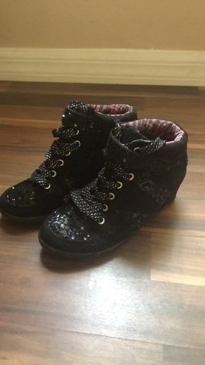 Girls Justice Boots size 1 kids black with sequins for Sale in Port St. Lucie, FL