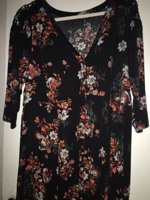 Torrid maxi floral dress for Sale in Los Angeles, CA