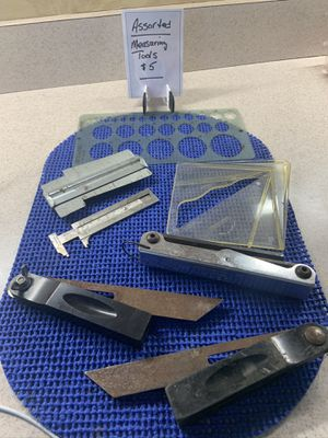 Assorted measuring tools for Sale in Castle Creek, NY